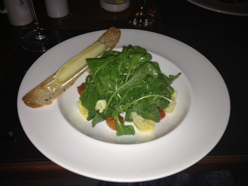 Melted brie salad