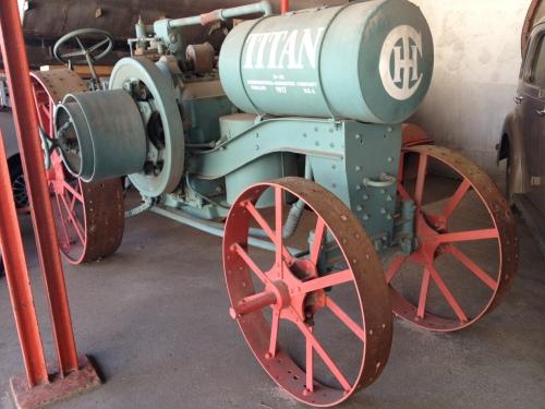 1930s wine harvest machine